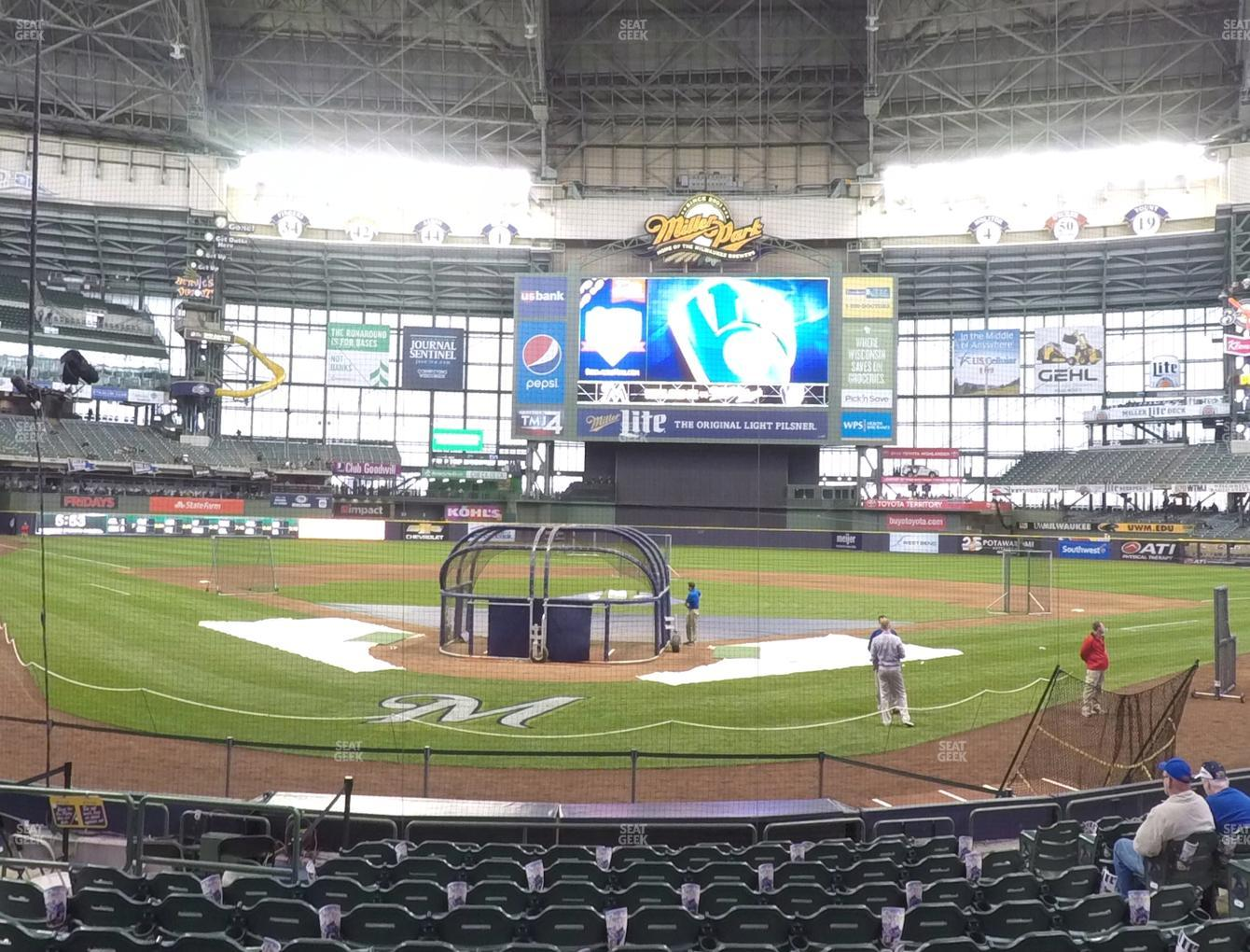 Milwaukee Brewers at Miller Park Section 117 View